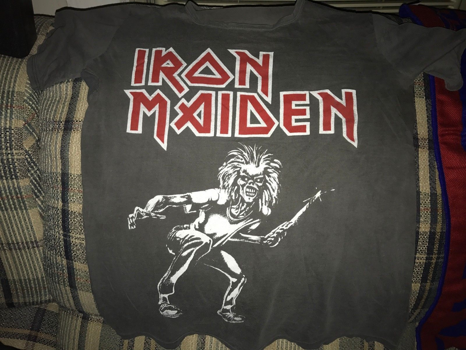where to buy band t-shirts in the greater boston area.